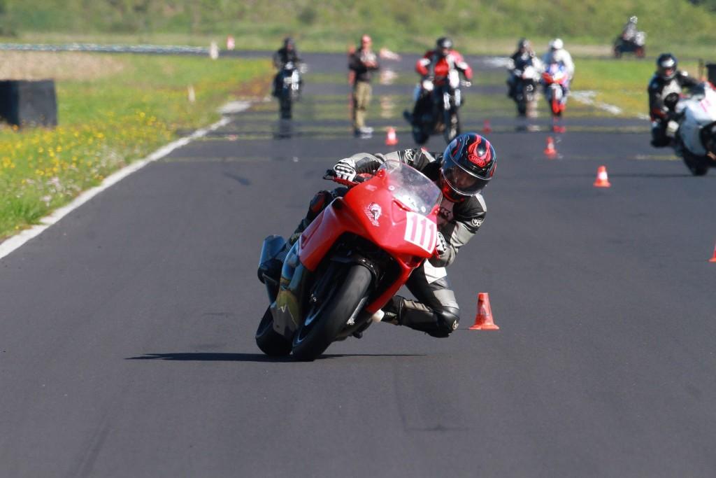 Les stages de pilotage moto cette pratique qui se démocratise2